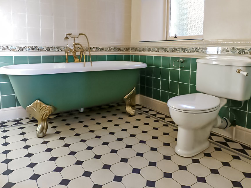 Victorian bathroom tiling